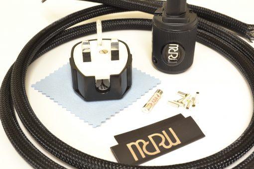 MCRU No.1 DIY Mains Lead Set