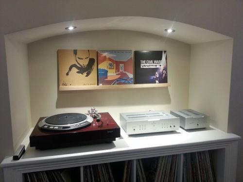 Vinyl Art LP Record Storage Shelves
