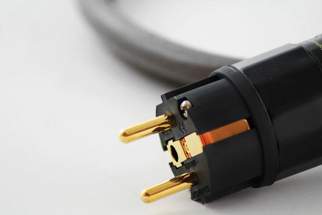 Pre Owned Tellurium Q Black Power Cable